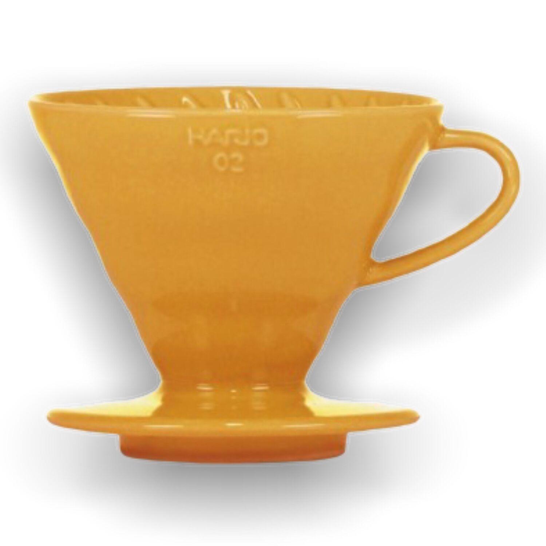 Hario keramický dripper na kávu V60-02 žlutý